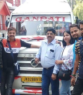 Kashmir trip from delhi